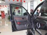 2014款 雷斯特W 2.0T 四驱豪华导航版