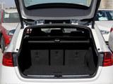 宝马3系(进口)后备箱