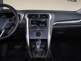 蒙迪欧 2013款 新 2.0L GTDi240豪华运动型_高清图4
