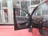 柯兰多 2014款  2.0L 汽油两驱自动精英导航版_高清图1