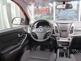 柯兰多 2014款  2.0L 汽油两驱自动精英导航版_高清图3