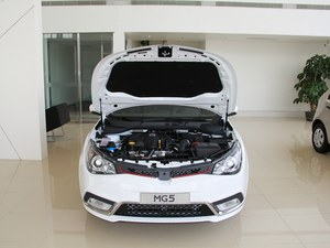 武汉MG5最高优惠2万元 店内现车在售