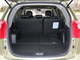 豪情SUV后备箱