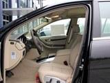奔驰R级 2014款  R320 4MATIC豪华型_高清图2