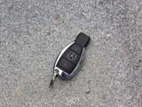 奔驰R级钥匙