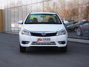 武汉比亚迪F3最高优惠0.3万 店内有现车