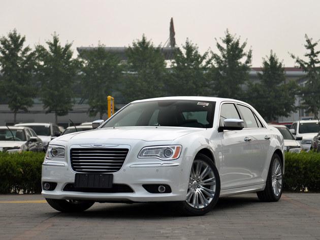 进口300C优化高达6.49万 店内即车销售