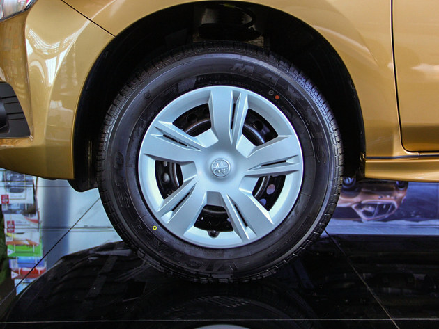 轮胎尺寸为16寸和17寸