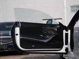 奔驰S级AMG前门板