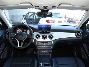 奔驰GLA促销钜惠3.5万 少量现车在售