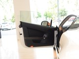 V8 Vantage前门板
