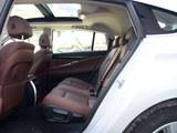 宝马5系GT后排空间