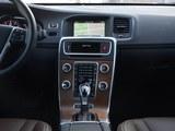 沃尔沃S60新能源中控台