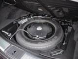 英菲尼迪QX70备胎