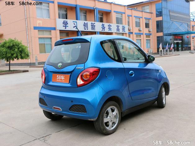 知豆D1热销中 购车优惠高达11.2万元