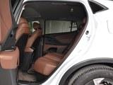 广汽Acura CDX后排空间