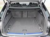 奥迪RS 6后备箱