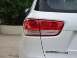 2016款 索兰托 索兰托L 2.0T 汽油4WD定制版 7座 国V