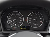 宝马2系旅行车仪表盘