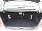 景逸S50后备箱