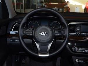 起亚K4店内提供试乘试驾 现优惠达2.5万