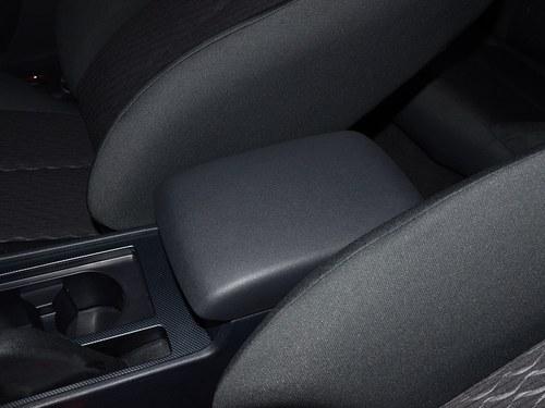 海马海马M6车厢座椅
