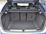 宝马3系GT后备箱