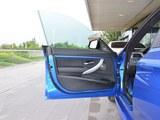 宝马3系GT前门板