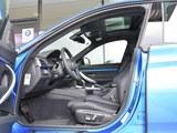 宝马3系GT前排空间