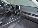 奥迪A4L 2017款  Plus 40 TFSI 风尚型_高清图3