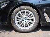 宝马7系新能源车轮