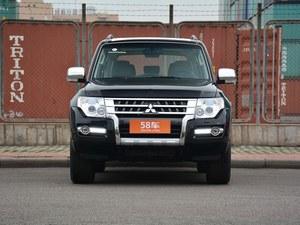 帕杰罗(进口) 现车报价 限时优惠3万元