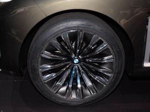 宝马X7售价100万元起 购车暂无任何优惠