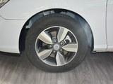 新伊兰特EV车轮