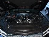 宝马7系发动机