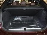 宝马6系GT后备箱