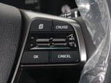 索兰托 2018款  L 2.0T 柴油2WD两驱豪华版 7座_高清图5
