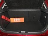 马自达CX-3后备箱