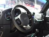 北京BJ40 2018款  40L 2.0T 手动柴油四驱尊贵版_高清图3