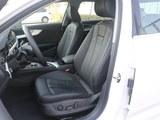 奥迪A4L 2018款  30周年年型 45 TFSI quattro 运动型_高清图2