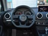 奥迪A3 2018款  30周年年型 Limousine 40 TFSI 运动型_高清图4