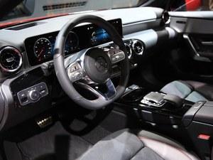奔驰A级(进口)售价21.98万元起 可试驾