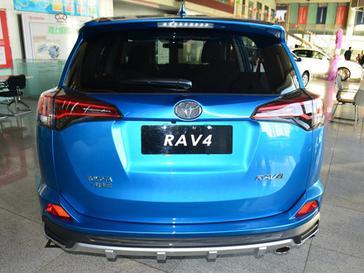 RAV4荣放正后