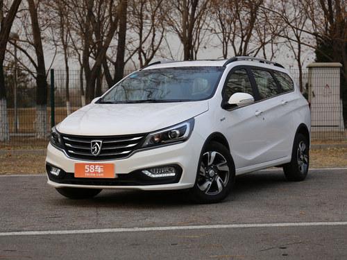 2017款 宝骏310W 1.5L 手动豪华型