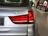 宝马X5后灯
