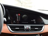 Giulia 2017款  2.0T 280HP 豪华版_高清图5
