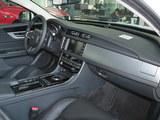 捷豹XF 2018款  XF Sportbrake 2.0T 250PS 两驱风华版_高清图2