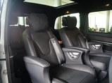 奔驰V级 2018款  V 260 AMG 运动版_高清图1