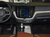 沃尔沃XC60新能源中控台