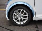 众泰E200车轮